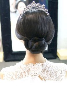 Hair style for Asian bride